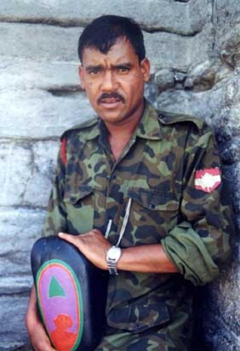 Kashmiri Soldat